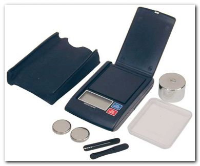 Digital Mini Pocket Scale 200G max, accurate to 0.1g (cs200c)