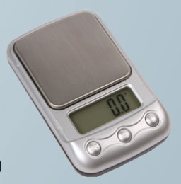 Digital 4 Function Scale 500G max, (Measures in G, OZ, DTW, GN) CS6081